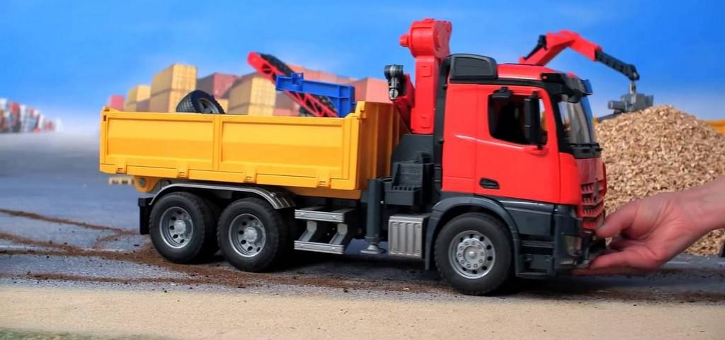 Bruder mercedes vrachtwagen