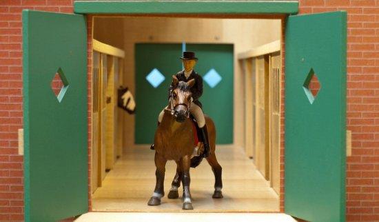 kidsglobe houten paardenstal