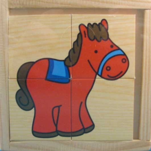 Houten puzzel met boerderij dieren