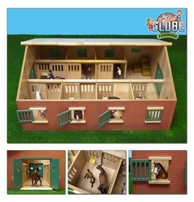 Grote speelgoed paardenstal met 7 boxen voor Schleich- of Bully paarden (schaal 1:24)