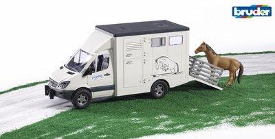 https://www.timsspeelgoedboerderij.nl/Bruder-paardenvrachtwagen