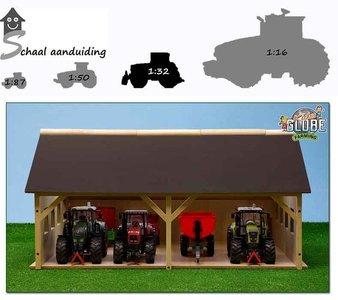 houten tractor loods