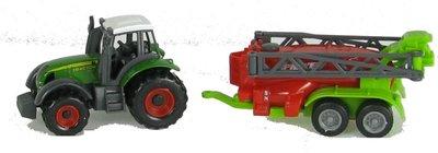 tractor met veldspuit