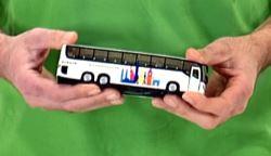 speelgoed personen bus
