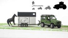 Bruder Land Rover Defender met paardentrailer en een paard